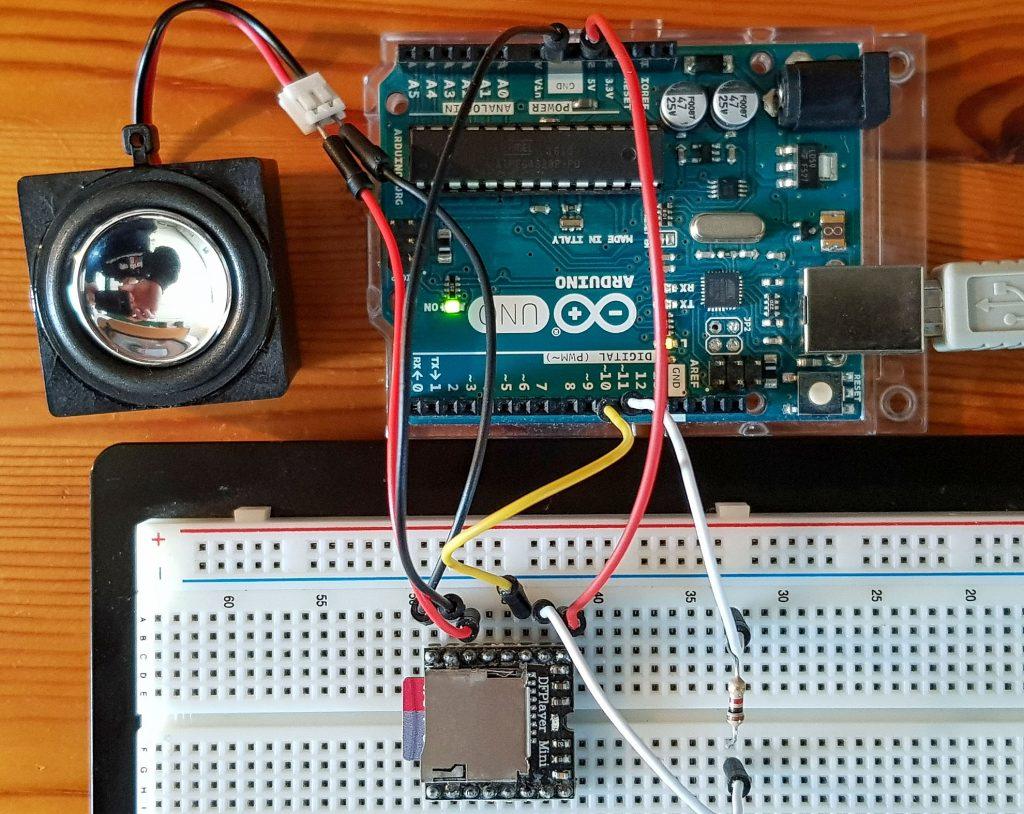 Photo: DFPlayer Mini Ansteuerung mit dem Arduino - Schaltung auf dem Breadboard