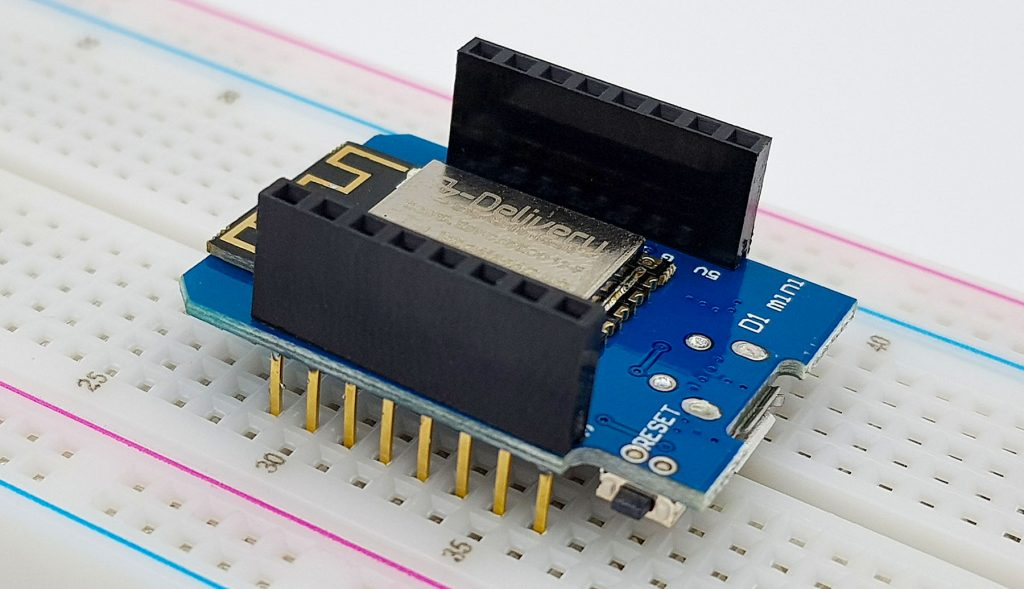 Wemos D1 Mini Board auf dem Breadboard
